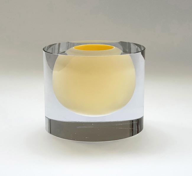2016 Mouthblown. Handcut glass Ø17 x 13 cm Unique piece