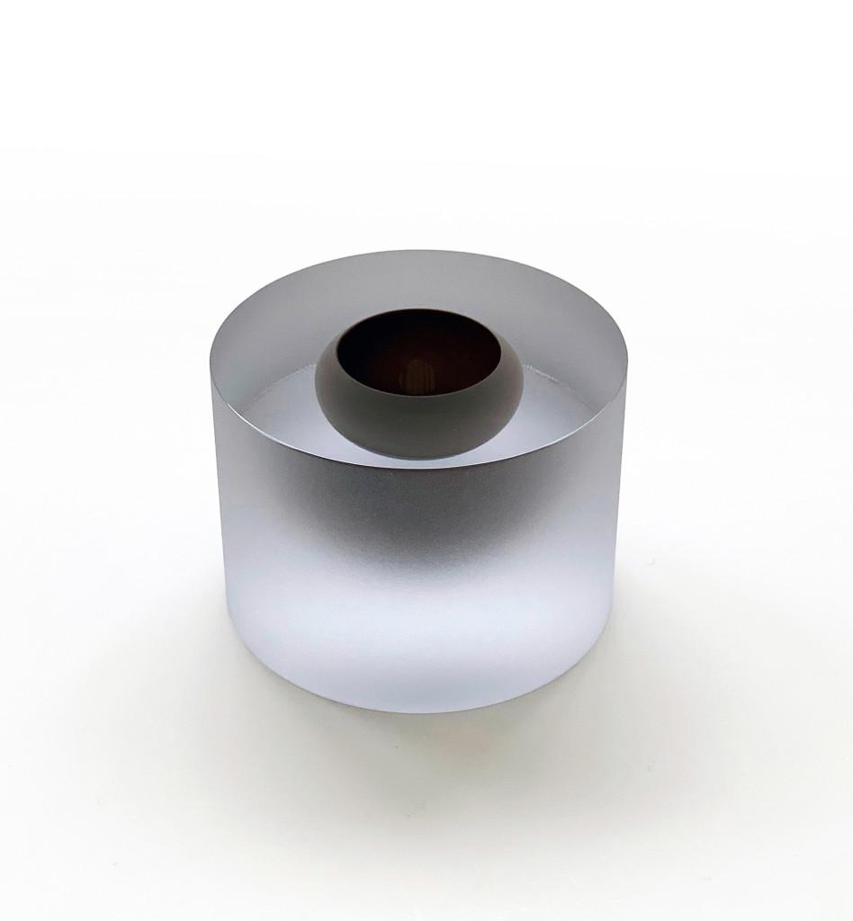 2016 Mouthblown. Handcut and matbrushed glass Ø17 x 12 cm Unique piece