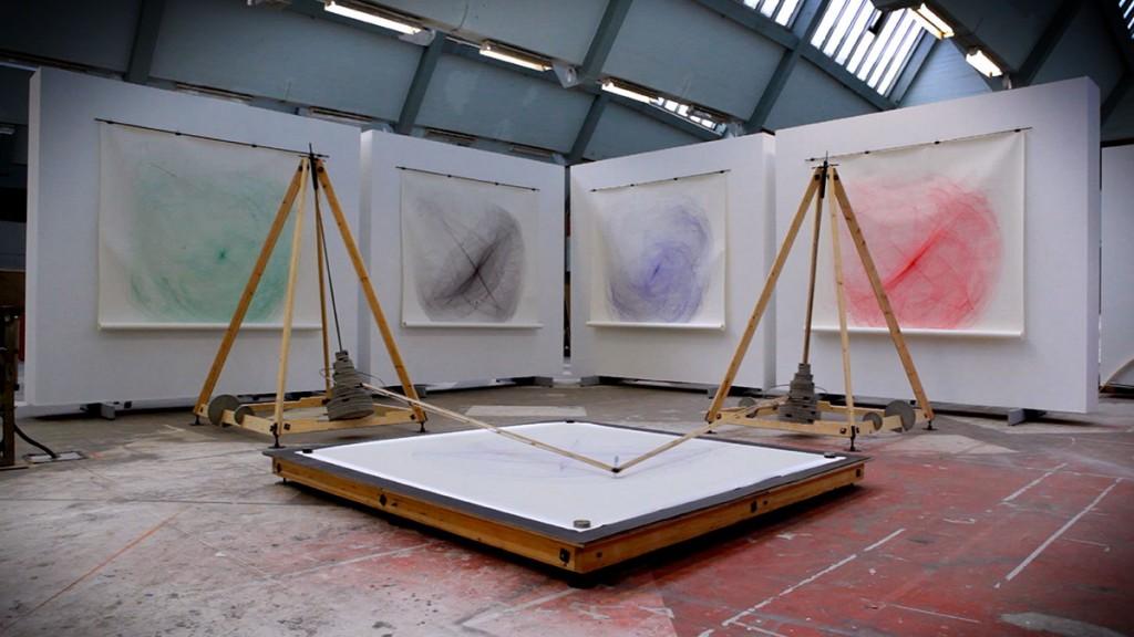 2009  Wood, metal, concrete, vinyl, ball pen  650 x 650 x 300  Unique piece