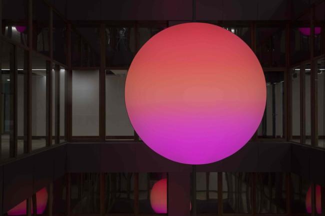 2013/1016 LED, fabric, aluminium  Diam: 180 cm  Depth : 17 cm  Limited edition of 8