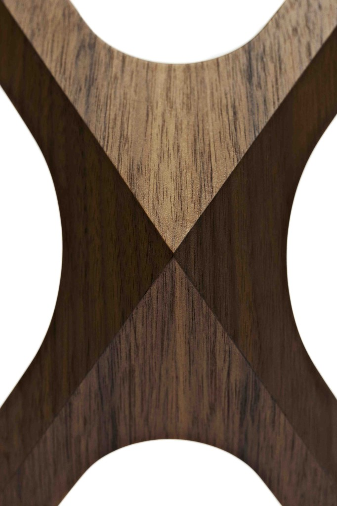 2007 Santos Rosewood, glass 43 x 43 x 43 cm Limited editions of 16 tables in various woods Handmade by the artist
