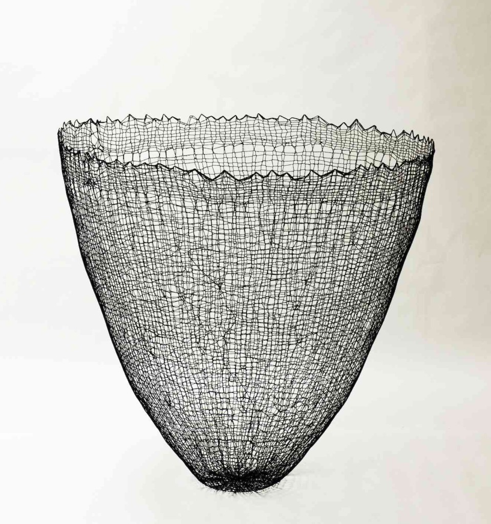 2015 95 (h) x 95 (d) cm Linen and cotton threads, pigment, epoxy Unique piece