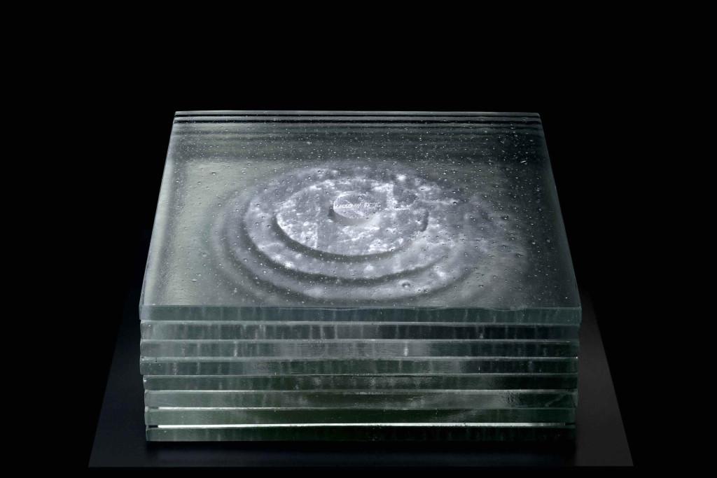 Dawn, 2016 35 x 35 x 26,5 cm Murano glass, silver Unique piece