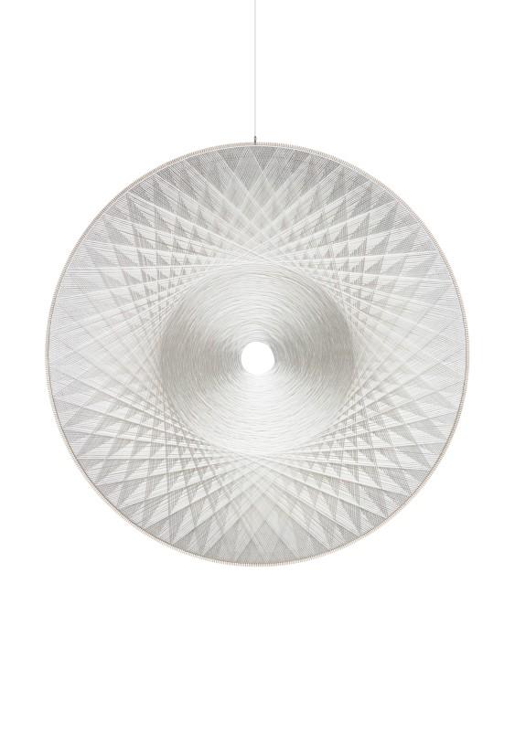 2018 Thread sculpture. Polyester, thread, wood, glass fiber Diameter: 200 cm Depth: 5 cm