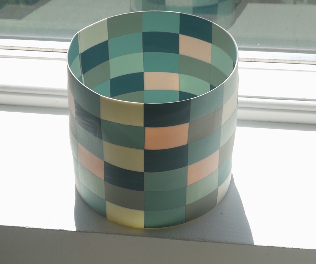 2019  Porcelain 18 cm x 16 cm