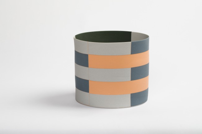 2017 Porcelain 18 cm x 15.4 cm