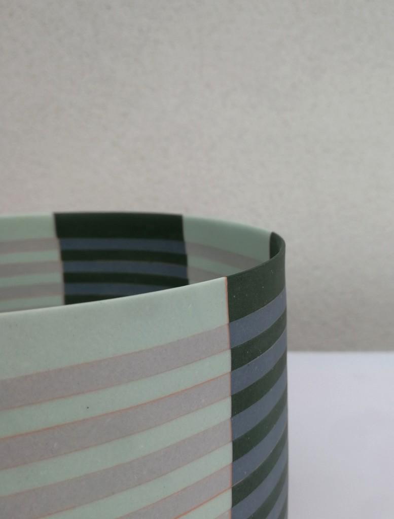 Porcelain  18 cm x 15 cm