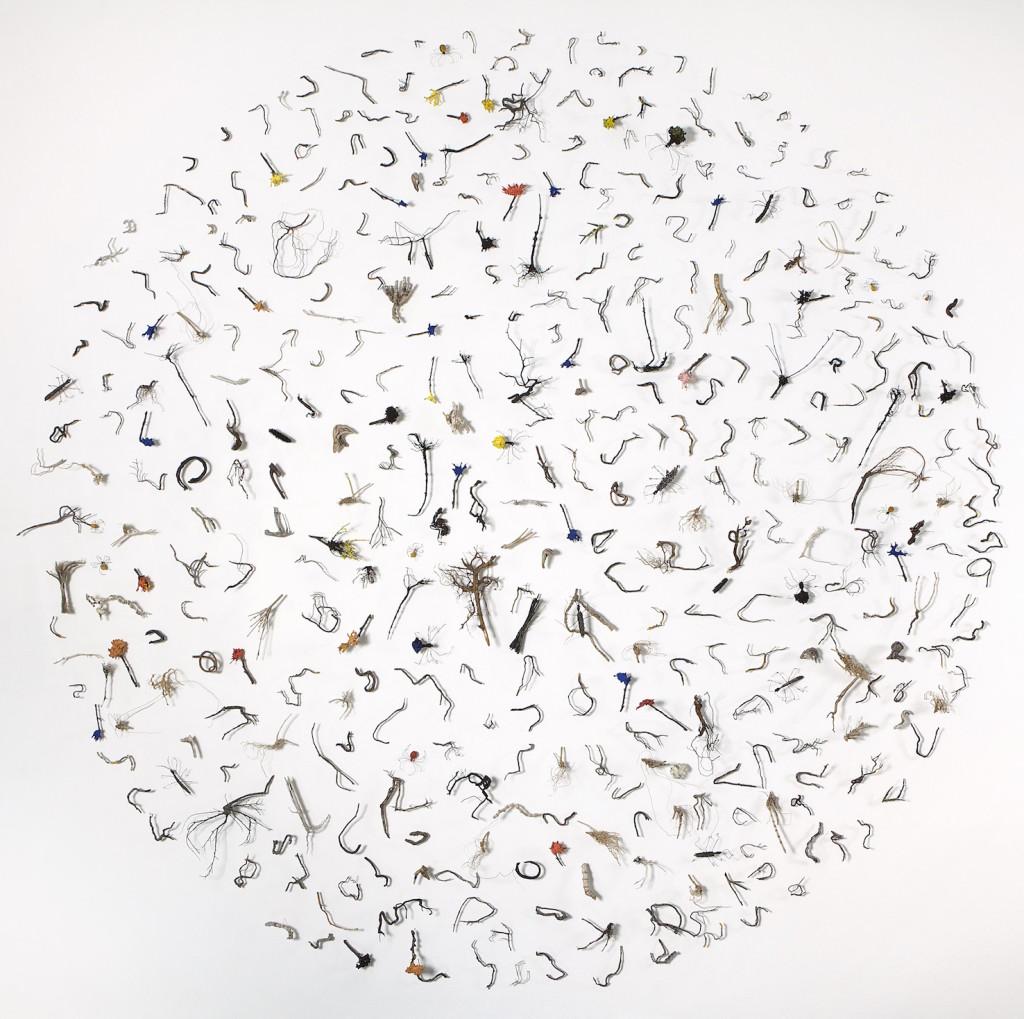 2005/2008 Wood, iron wire, paper pulp Diameter : ca. 200 cm, D 5 cm Handmade by the artist Unique piece