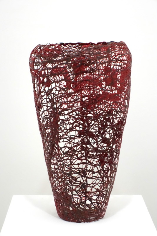 Carbon fibres, resin D 20 x H 38 cm Unique piece