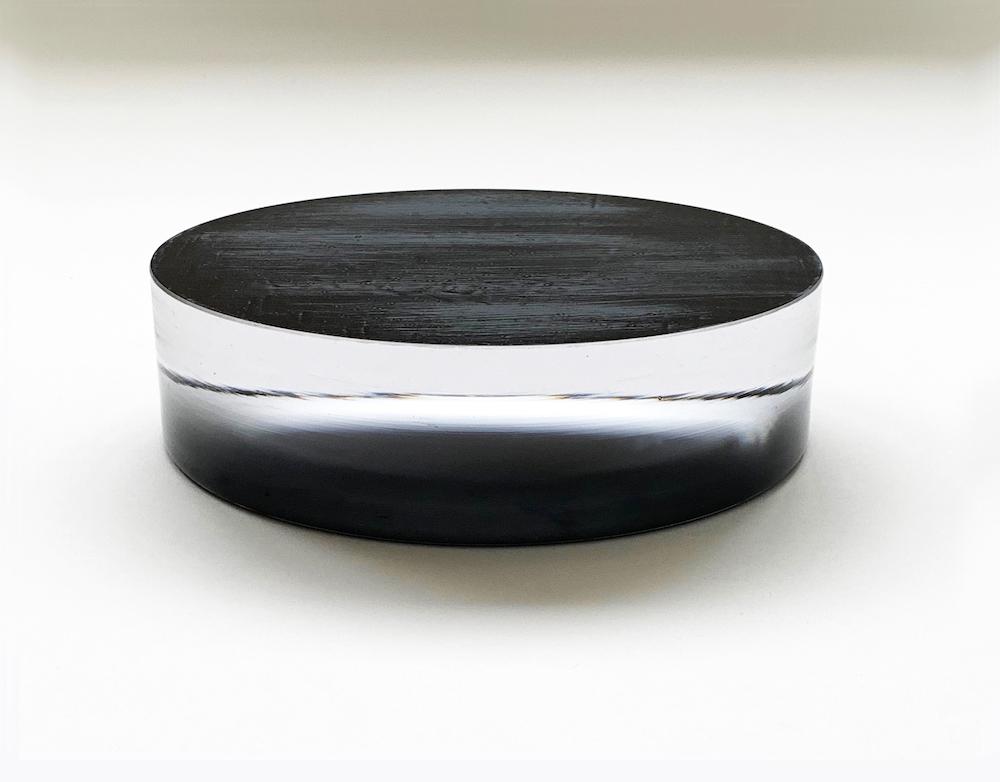 2018 Handshaped. Handcut and polished glass. Japanese Laquer 6 x 22 cm Unique Piece